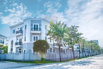 Căn góc biệt thự Sol Villas, đường 20m, DT: 174m2, giá cực tốt